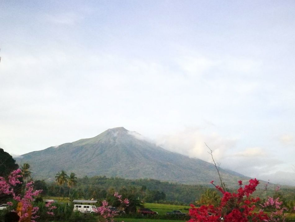 Kanla-on Volcano.. 😊😍😱 Volcano Scenery Shots Scenery💋 Naturelovers Naturesbeauty Sky And Clouds