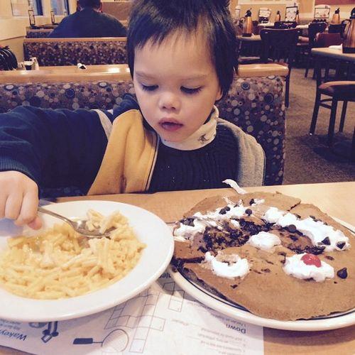 Maccheese Funnypancake Chocolatechippancake Breakfast Ihop