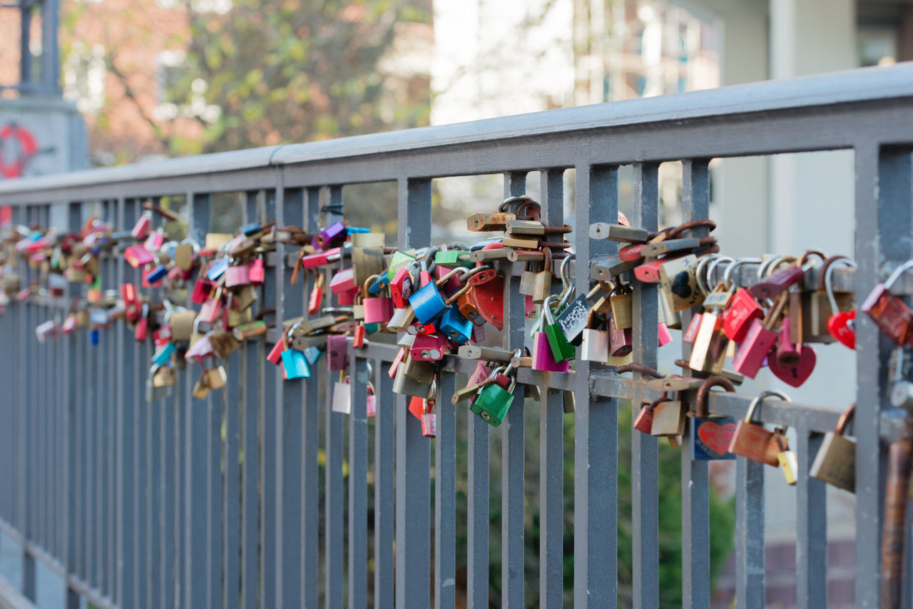 Colorful love lock on the Ellerntorsbridge in Hamburg Bridge Castles Colorful Concept Dear Greetings Dear Lock Declaration Of Love Ellerntorsbridge Friendship Hamburg Heart Key Love Love Lock Love Locks Bridge Padlock Partnership Respect Succeed