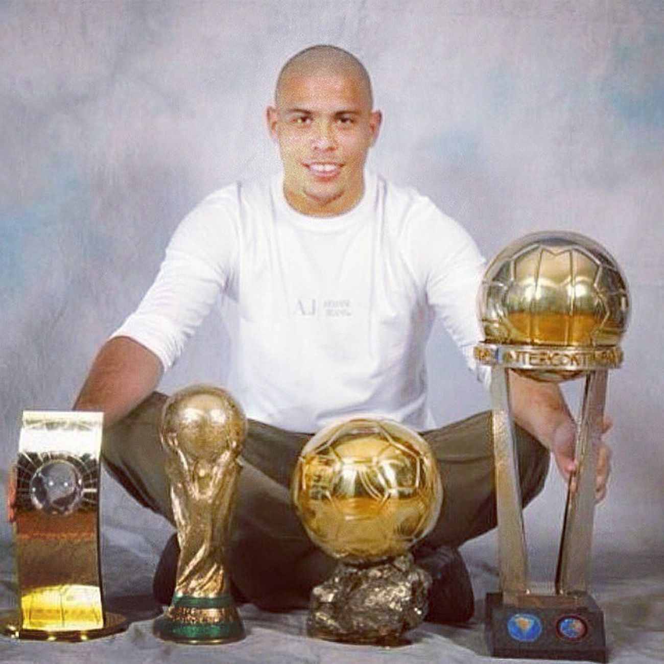 Happy Birthday Ronaldo, it's not to late I guess. Legend Thegreatestever .