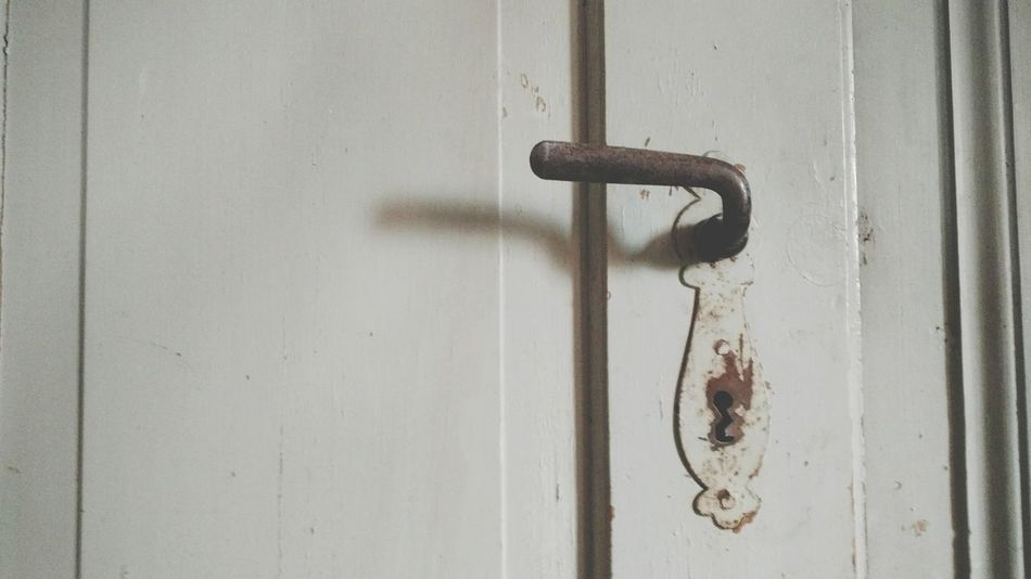 Door Close-up Wood - Material No People Lock Architecture Old Buildings Keyhole Rust Shabby House Unrenovated Shabby Chic Old Rusty Shabby Obsolete Handle Door Handle Old House Door Lock Metal Abandoned Renovation House Building