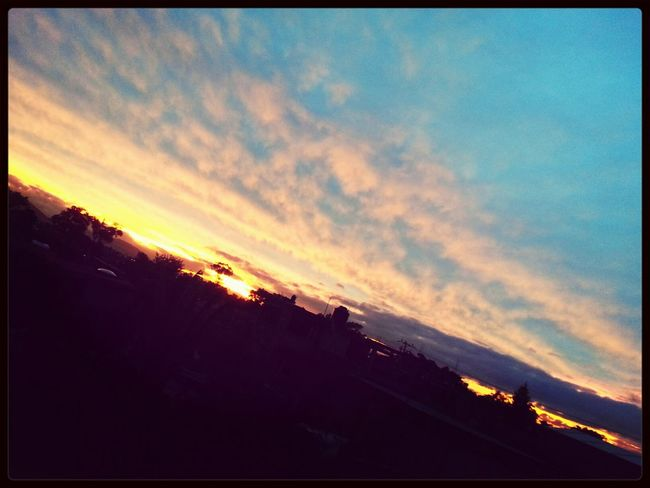 Así anochece en Toluca.