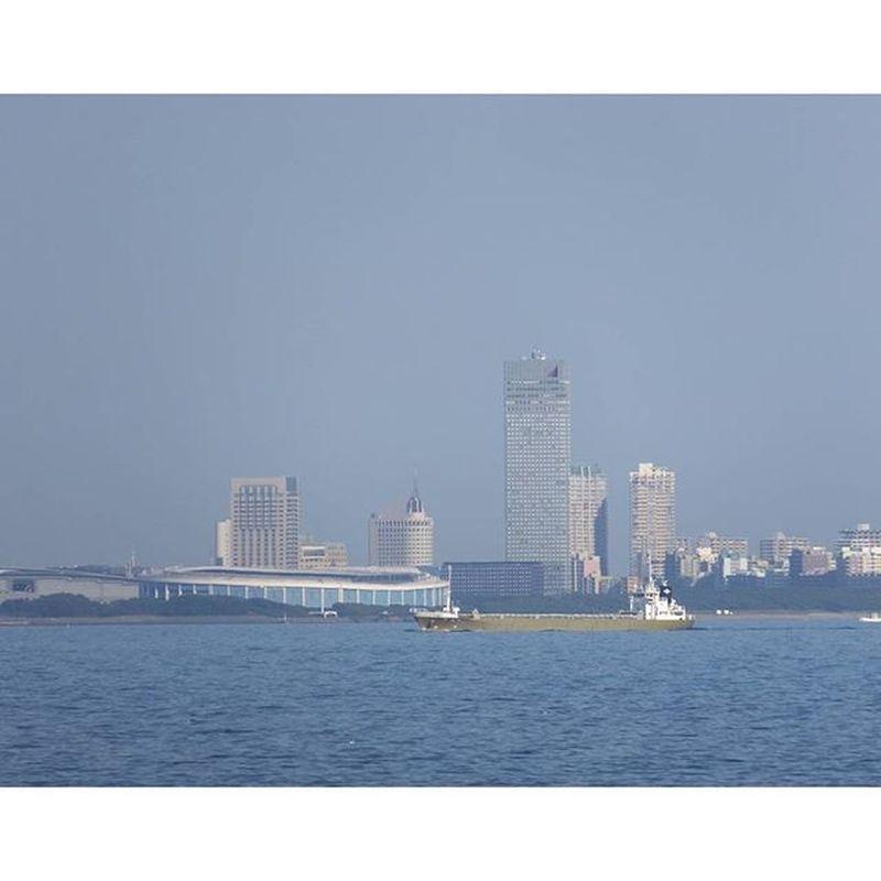 東京湾 海 家の裏の海です。