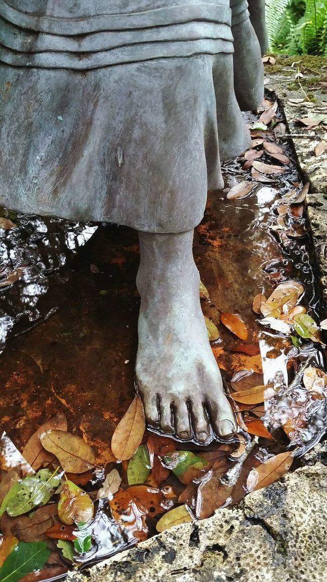 Miccosukee Footsteps Statue Foot Feet Seminole Indian Fallen Leaves Marshlands Metalworks Pine Island Ridge Sculpture Florida History Looking For Freedom Escaping Metal Sculpture