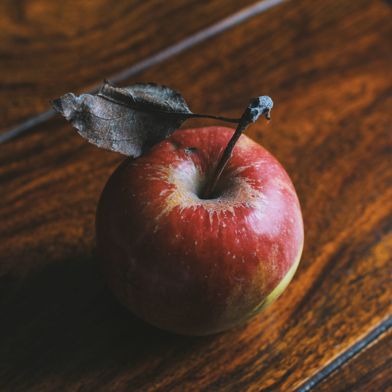 Beautiful stock photos of apfel, Apple - Fruit, Brown, Close-Up, Color Image