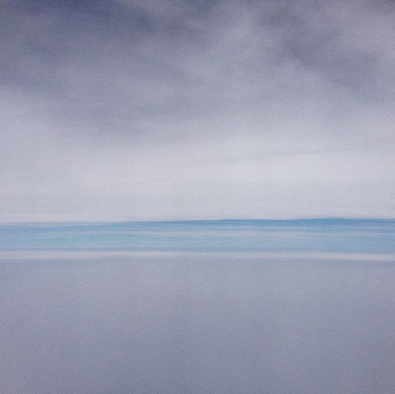Sky view from airplane Atmosphere View From An Airplane There was an instant whereby clouds were upon clouds , sandwiching an illusional skyline . Clouds Atmosphere Ambience Ambience Photography Meiyo Meiyo Meiyo 没有没有 Meditation