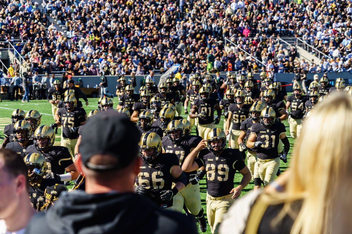 Adult American American Military Academy Army Black Knights College Crowd Day Event Football Horizontal Lafayette Large Group Of People Match - Sport Only Men Outdoors People Person Real People Soldier Spectator Sport USA Westpoint