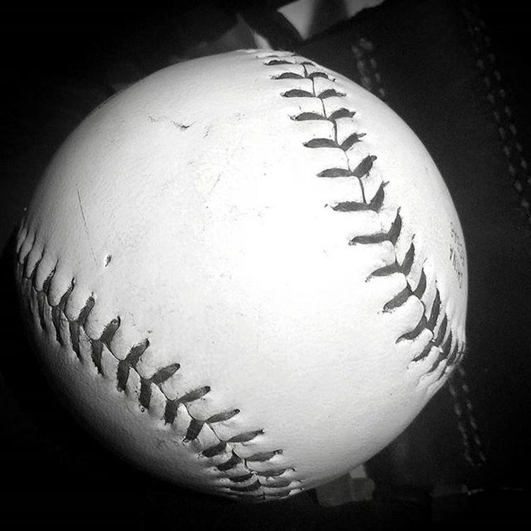 Baseball starts again soon! !! Baseball Officalleague Rawlings Ball Fallball Littleleague Pennridge Pennsylvania På Boys Boyswillbeboys Playball Cantwait Baseballmom