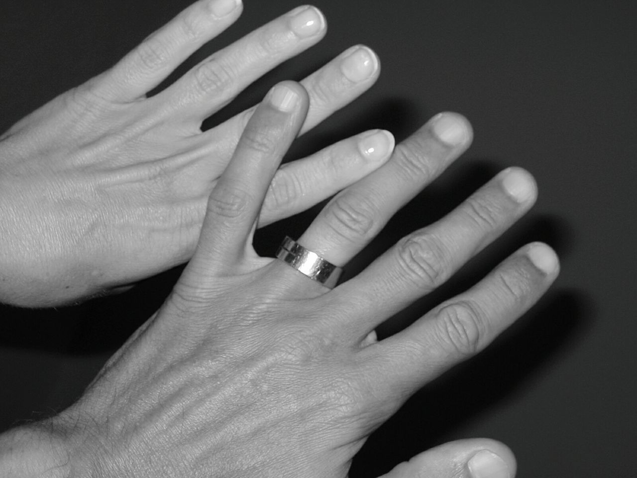 Hands She And He She And Me She And Me ❤️ HJB Ring On Finger Love Black And White Fingers Fingerring Ring