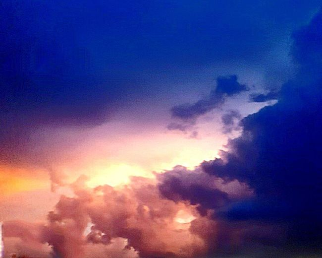 Florida Florida Life Florida Storm Storm Clouds At Sunset Storm Clouds Gathering Storm Cloud Stormy Weather Storm Storm Clouds Colorful Sky Pink Sky Blue Sky Pink Clouds Blue Clouds Clouds And Sky Not A Painting Picture Pictureoftheday Picturesque Beautiful Vibrant Colors Vibrant Vibrant Color Fine Art Photography