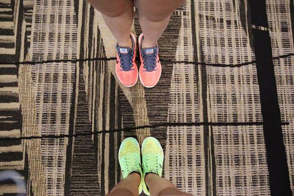 Làm ơn đi, cái gì cũng phải có giới hạn của nó chứ 😒😒 Friendship As Wave Clq Shoes Nike Skechers