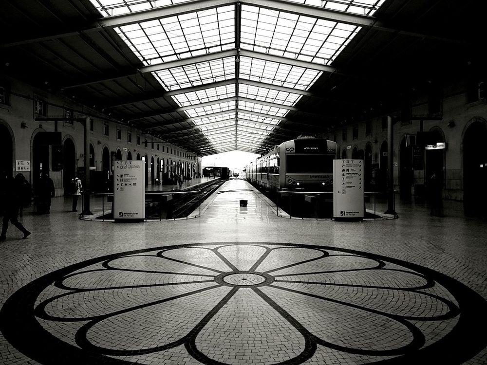 Modern Transportation Train Platforms Arrivals Origin Of Symmetry Art Is Everywhere Black&white The Week on EyeEm