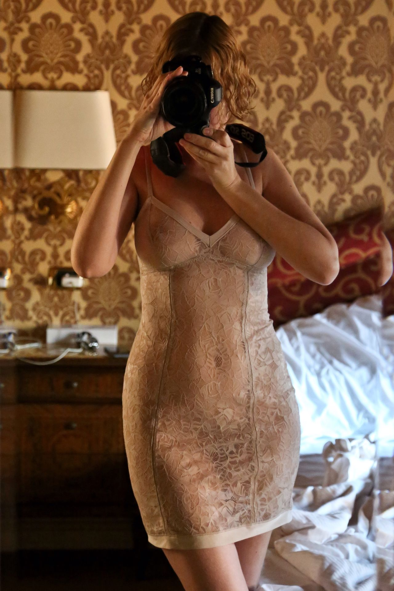 Selective Focus Self Portrait Selfportrait ThatsMe Woman Reflection Mirror Canon Canonphotography Taking Photos Taking Pictures Lingerie Femininity Standing Curves Softness The Amazing Human Body Selfie ✌ Close-up Shadows & Lights Woman Portrait Hotel Venice Italy Travel