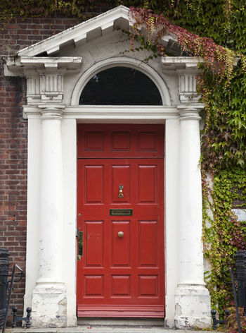 Dublin Individuality Ireland Old Fashioned Resistance  Wood Architecture Building Exterior Civil Day District Door English Gregorian Historical Law Medieval Neighborhood No People Outdoors Plant Red Series