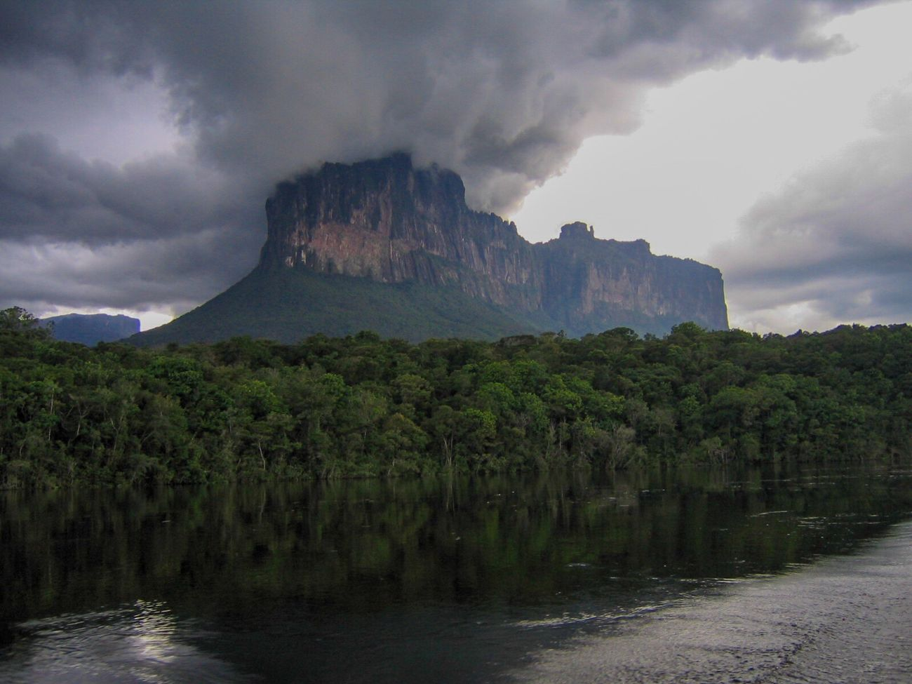 The Magic Mission Table Mountain On Fire Cloud Mountain Jungle River Landscape