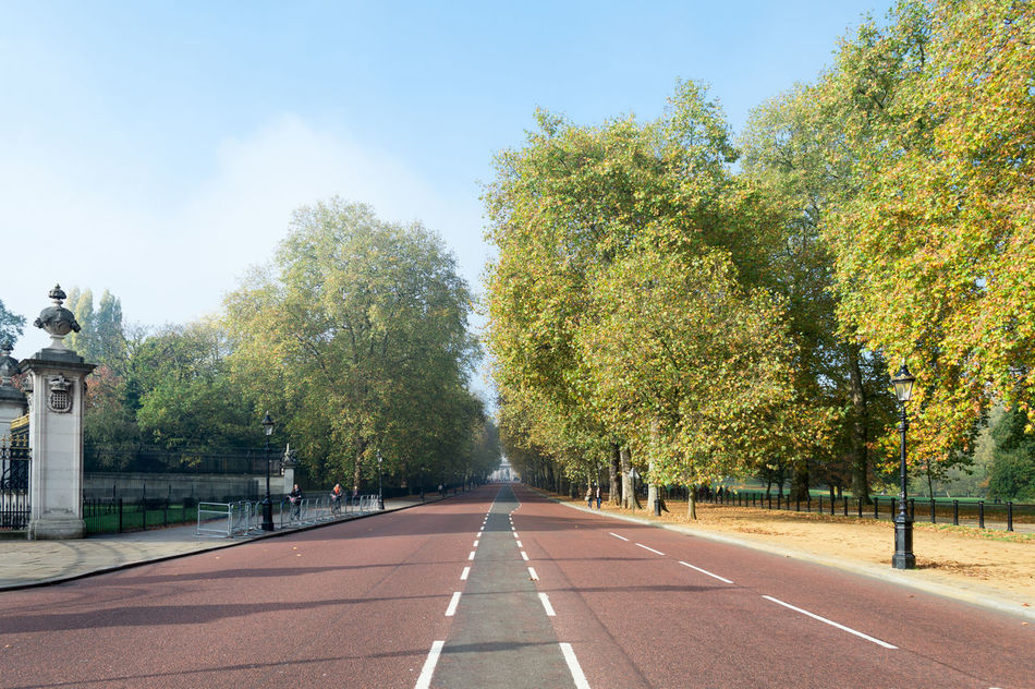 Beautiful stock photos of london, Day, Diminishing Perspective, Empty Road, Incidental People