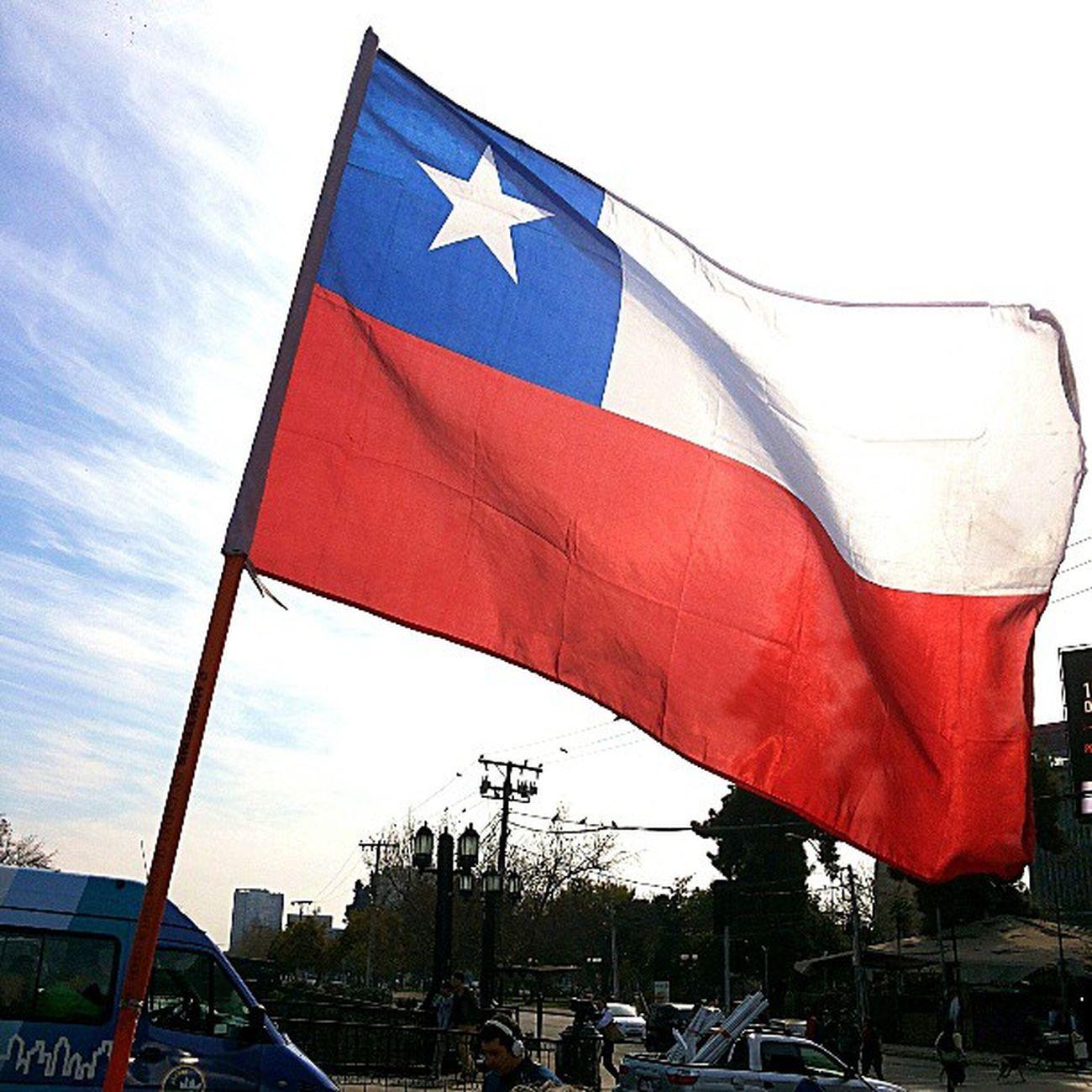 Flag Bandera Chilena Chile Puente PioNono like4like InstaChile InstaGram Instarecord FollowBack LikeNow Like1000 InstaGay Gay Free Instafriends