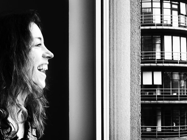 Maddie at the ADE2016 Apple event Berlin Architecture Window Profile Half Face People Indoors  Portrait Makeportraits Portrait Of A Woman Portraits Black & White Black And White Photography Blackandwhite Photography Black And White Iphonephotography IPhoneography Real People Blackandwhite Smile Human Face Headshot Smile ✌ Curly Hair
