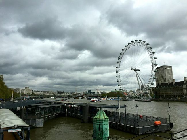 the London Eye looks nice even under the rain Clouds And Sky Rainy Days Check This Out Hanging Out London Calling EyeEm Best Shots Urban Landscape The Traveler - 2015 EyeEm Awards Cityscapes