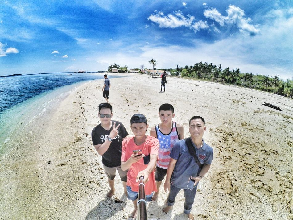 Beach Outdoors People Togetherness Sand Day Friendship Men Sea Playing Vacations Adult Sky Teamwork Only Men Water Adults Only Human Body Part Likeforlike Makassar Torajanese Grass Likesforlikes Latepost ✌ Likeforfollows
