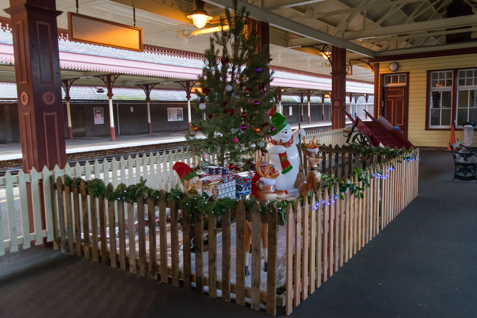 Christmas Festive Seasonal Snowman Reindeer Train Station Wood Fence Panelling Ornaments Tradition