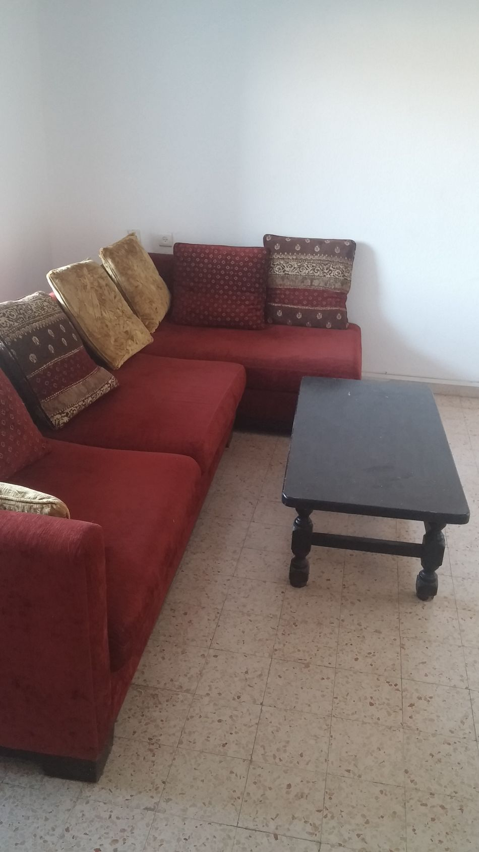 Place to rest Place To Rest Sofa Red Sofa Black Table