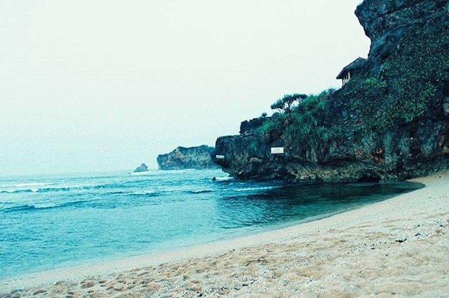 Pantai sundak Pantai Sundak Pasirputih Gunungkidul HDR_photo Canon
