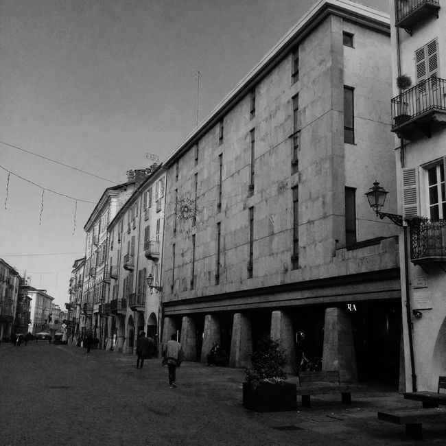 Building Exterior Buildings Building Story BuildingPorn Architecture Buildingstyles Blackandwhite Blackandwhite Photography Monochrome Photography Outdoors People Built Structure Day Geometric Shape Town Eyeemphotography City Life City Street Cuneo