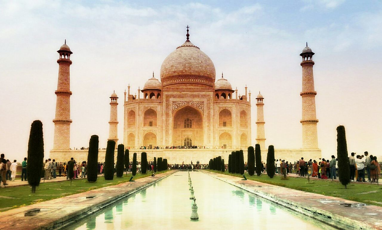 Vacation Taj Mahal Symbol Of Love <3 Seven Wonders Of The World Monuments Largerthanlife Getting Creative