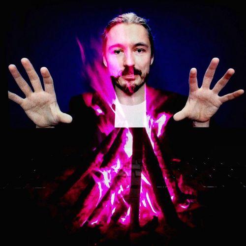 magic teacher Thomas Hübl Soulportrait with Dubbleapp Portrait Intuitiveart Double Exposure Shaman Magical Fun Hand Alignment