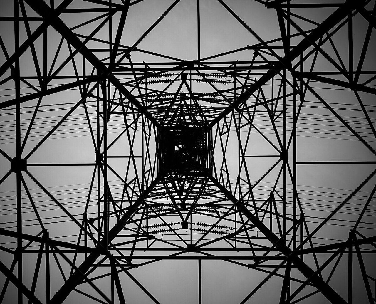 Pivotal Ideas Electric Tower  Blackandwhite Sony A6000