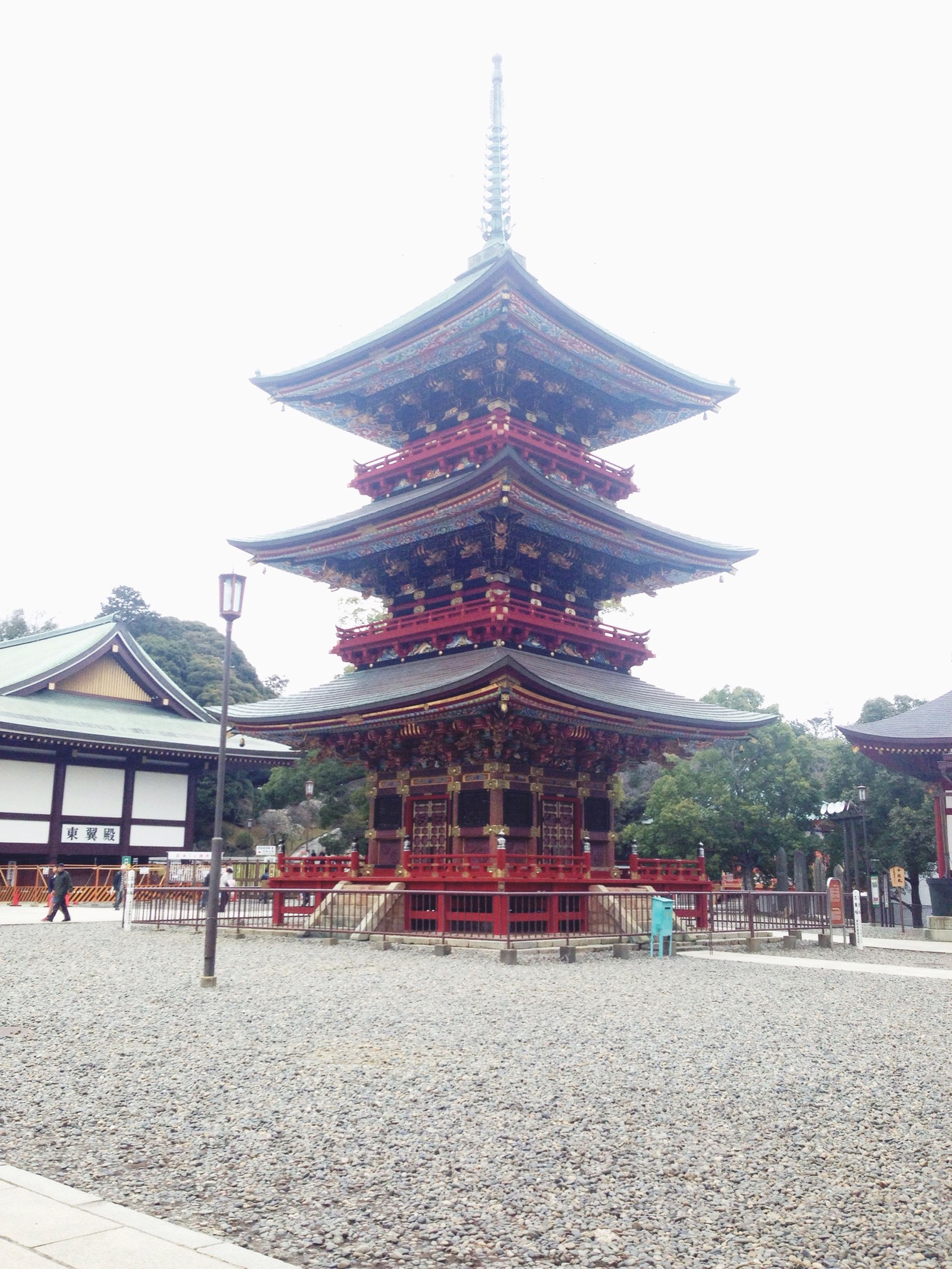 architecture, built structure, building exterior, religion, place of worship, spirituality, famous place, temple - building, travel destinations, tradition, tourism, clear sky, sky, travel, cultures, incidental people, temple, large group of people, pagoda