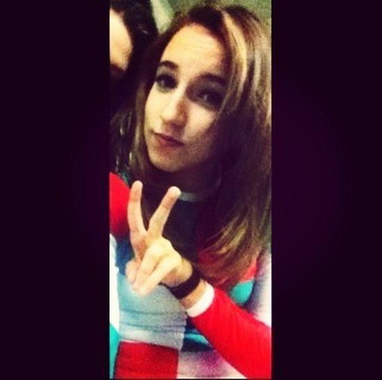 Più mi stringevi, più sapevo che sarebbe stato doloroso allontanarmi.❤