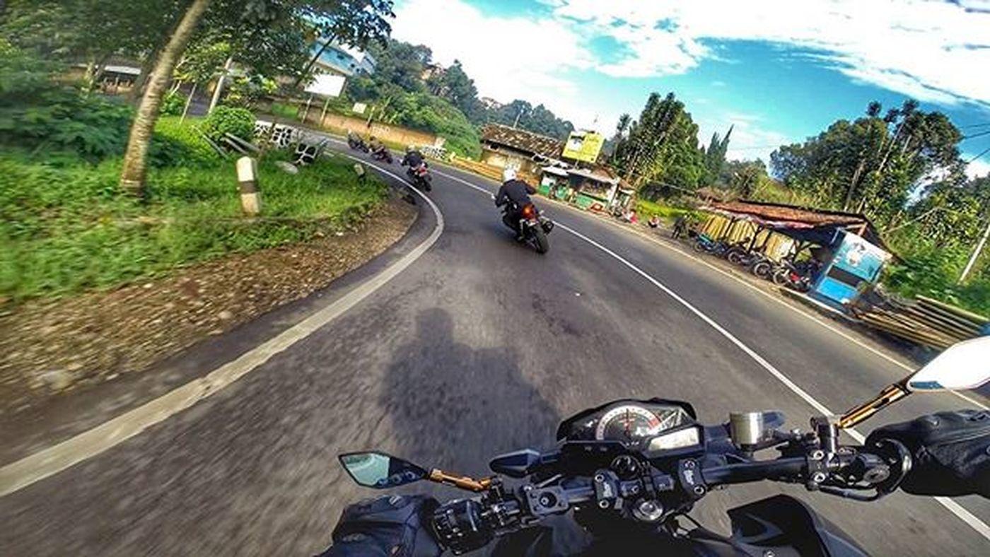 Motorcycle Honda CBR250 Kawi Kawination Kawasakiz250 Kawasaki Z250 Nakedbikenation NakedBike Ixs Eatsleepshift🔃 Komine Gopro Gopro3plus Goproblackedition Goproeverything Goprooftheday Goprohero3 Gopro_moment Val  2016 😚 RideOrDie