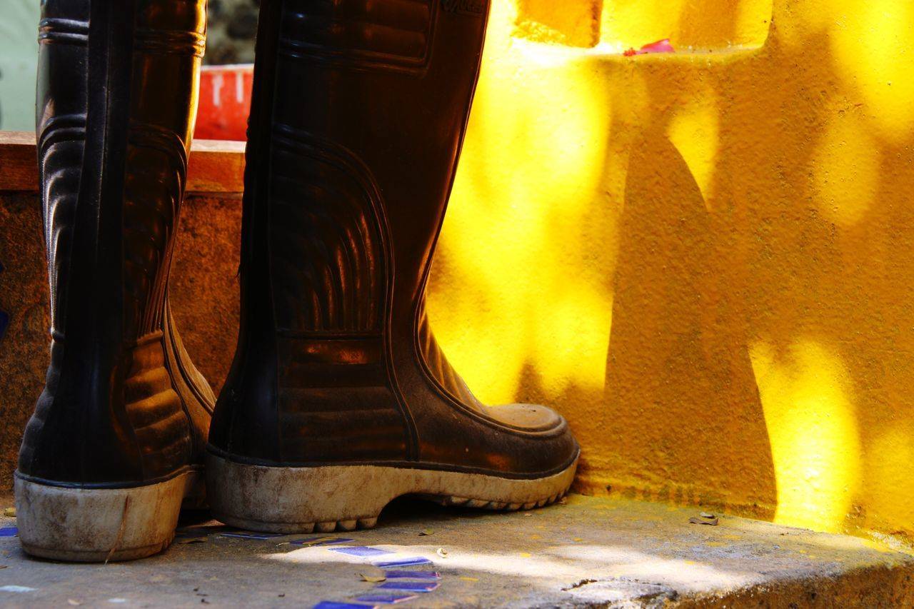 Black Rubber Boots Shining Gold