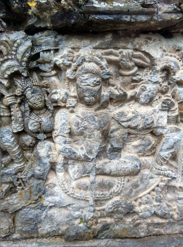 Stonepainting Stone Ruins Kashmirdiaries Kashmir India Cave Painting EyeEm Best Shots Awantipora Ruins Awantipora Temples Pandav Temple Pandavas Stone Sculpture Scultpure Eyeem Stone Castle Ruins Of A Castle Stonework Things I Like Showcase April New Delhi Showing Imperfection My Favorite Photo