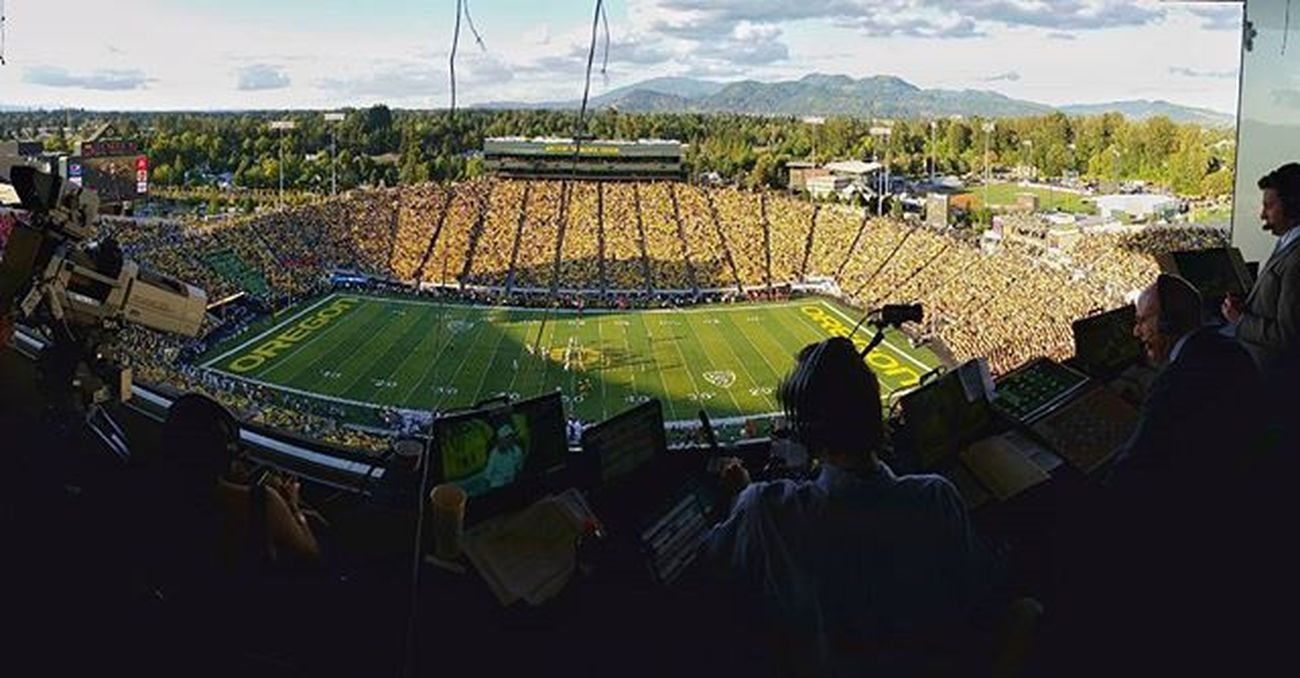 Behindthescenes yesterday with our crew making Tvmagic during the EasternWashington at Oregon Ducks Collegefootball game in Eugene great Crew for an amazing show.