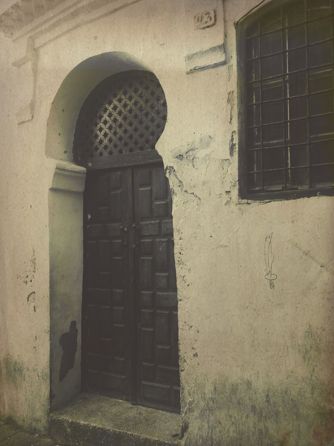 Olddoor Doors Historical Building Architecture Old Buildings Photography Black & White Getting Inspired