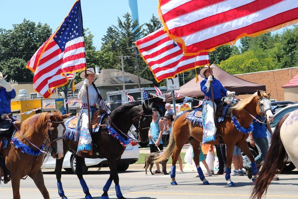 Fourth Of July 🎉 Flag Striped Patriotism Real People Day Large Group Of People Togetherness Domestic Animals Men Outdoors Tree Mammal Architecture Adult People Sky Adults Only Parade Horses Celebration 100 Days Of Summer