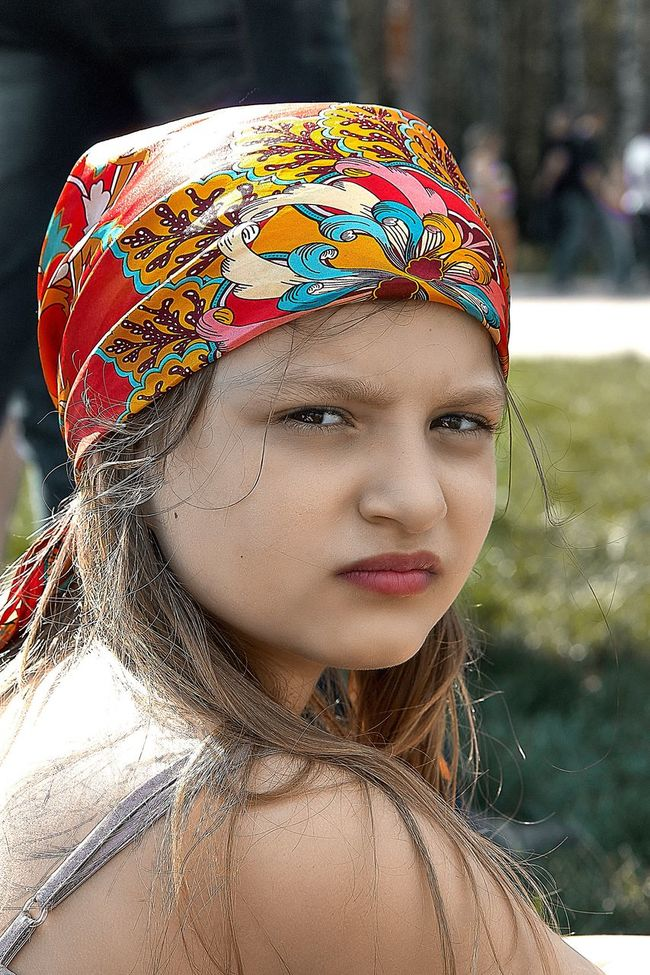 The cleanest and sincere eyes it at children. In them there is no rage, lie and hatred … Love Real People Russia Girl Streetphotography Canon EyeEm Best Shots Portraits Portrait Human Face Young Adult Looking At Camera Lifestyles Enjoying Life Cute