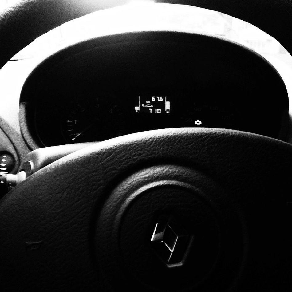 Car Cars Voiture Voitures Renault Renault Clio Renaultclio Tableau De Bord Blackandwhite Photography Photography Photo Photographie