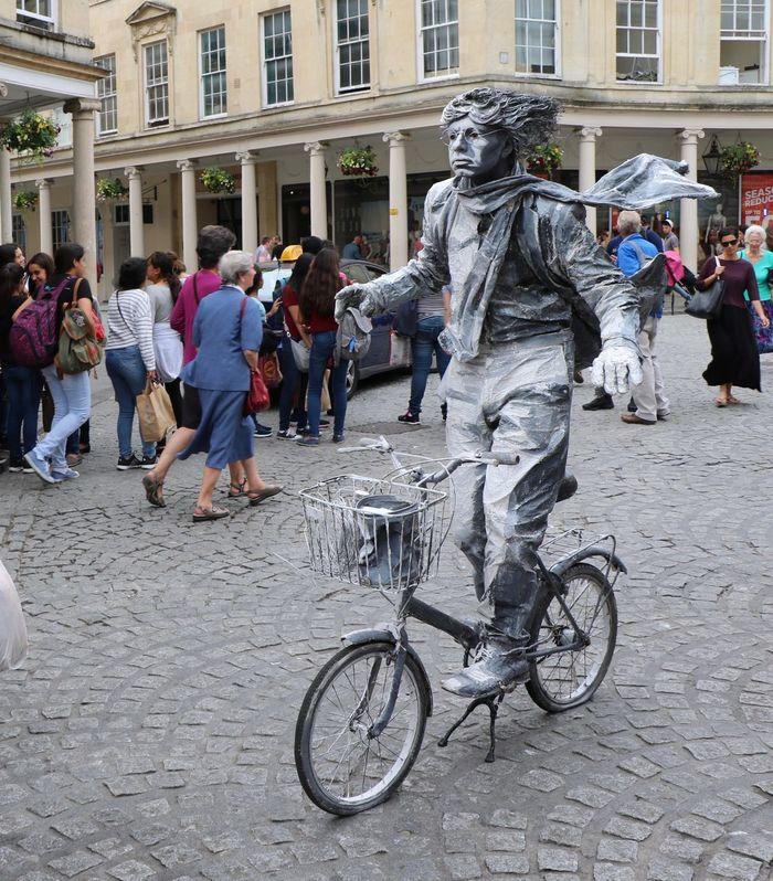 England Uk Menatwork Bicycle Bike Canonphotography Canon Travel Photography Tourism Travel Destinations Tourist Travel Urban Streetphotography Street Manequin