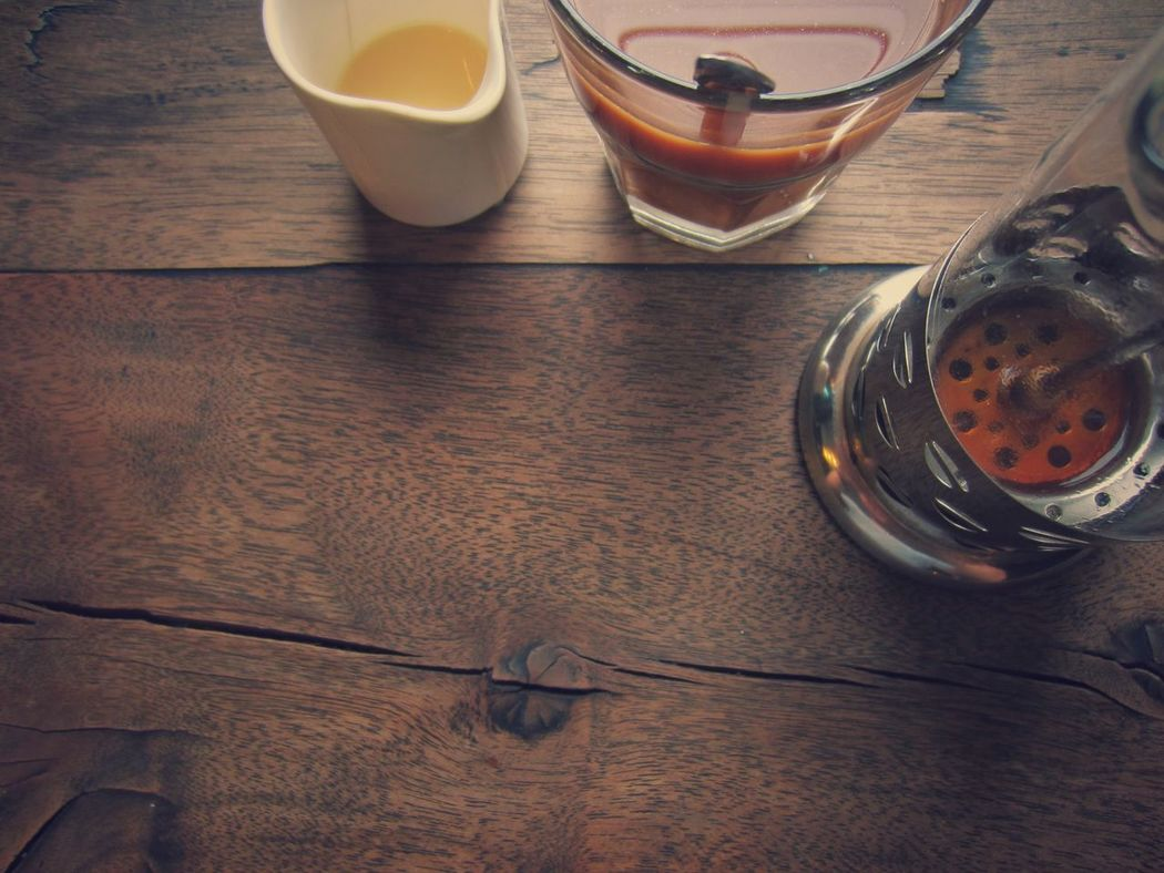 Drink No People Indoors  Table Close-up Day Coffee Coffee Time Coffee Shop French Press French Press Coffee Refreshing Drink Relaxation Relaxing Relax Time  DIY Background Wood Texture Background Wood Tabletop Vintage Photo Vintage