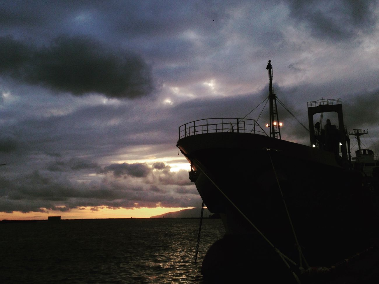 IPhone IPhoneography Mobilephotography Ship Sea Sky Sunlight And Shadow EvningGlow Evning Sky