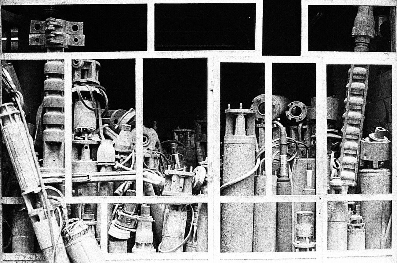 Analog 135mm Yashicafx3super2000 Kodak Iron