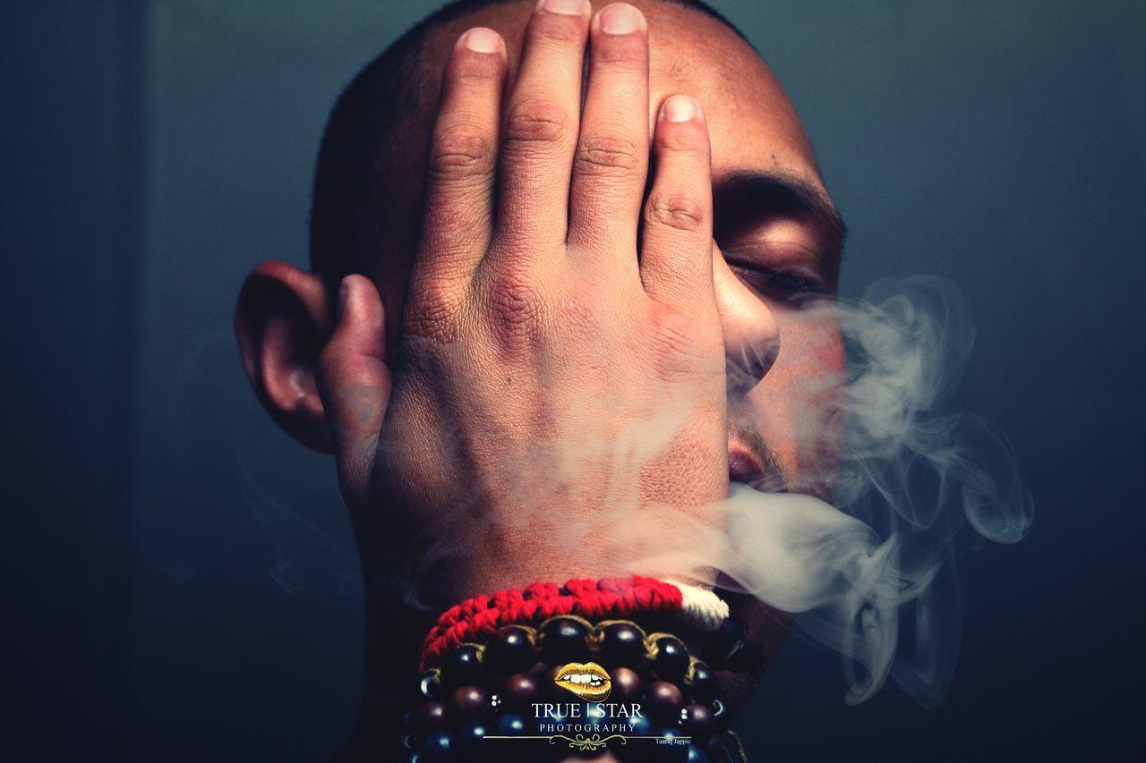Smokey Beads 📿 One Person Headshot Portrait Close-up Human Hand Beauty Smoke Beads Roc Nation 💎 Creativision. Bini. Banks. EyeEmNewHere Sommergefühle EyeEm Selects EyeEmBestPics Truestar Own Photography