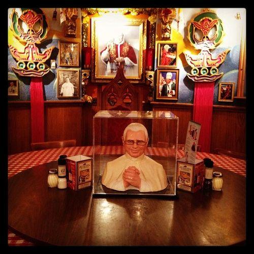 Dinnerwiththepope Familystyledinner Myfavoriteresturant Saturdaynight familytime lovethem creepystare praying