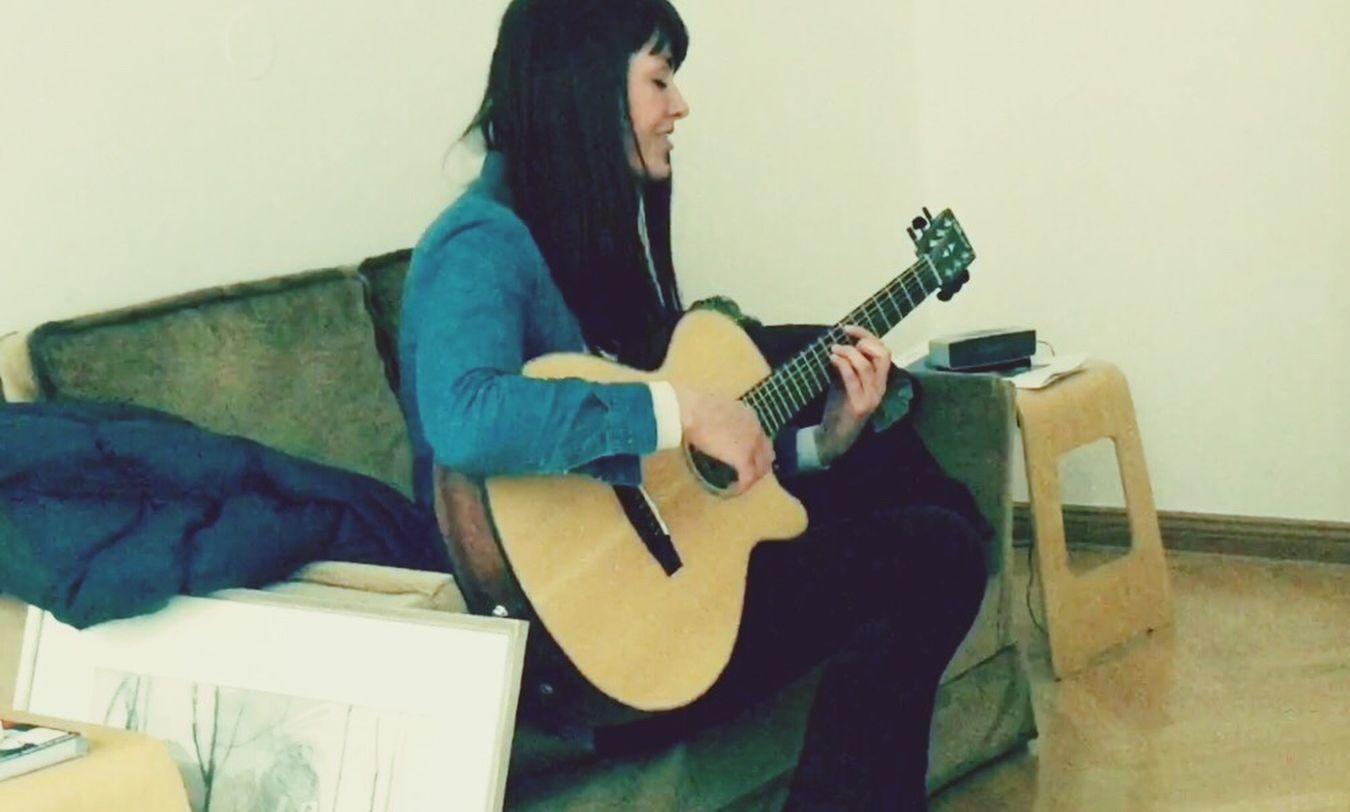 Live Lounge with Shauna