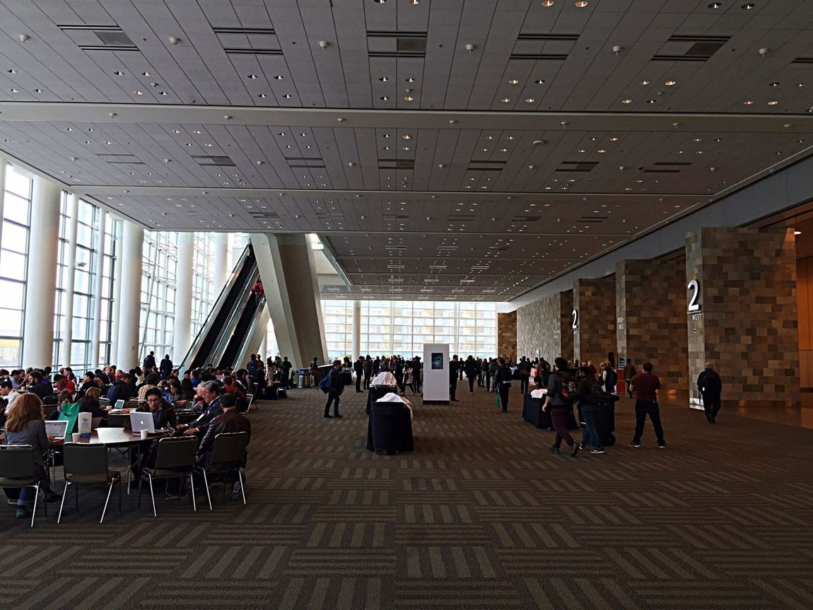Mosconecenter Agu15 American Geophysical Union Conference Science World  Open Edit Large Group Of People Large Indoor Spaces
