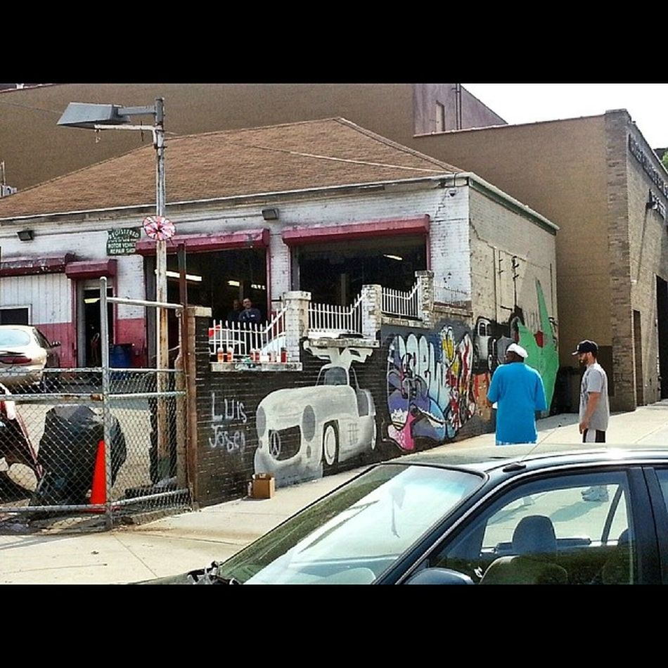 Admiring while working on art. Bronx NYC Street ArtistsOnDeck Mural Graff Graffiti View Spring Nice GS3 GalaxyS3
